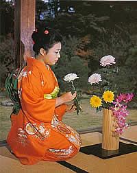 Ikebana y Joven geisha