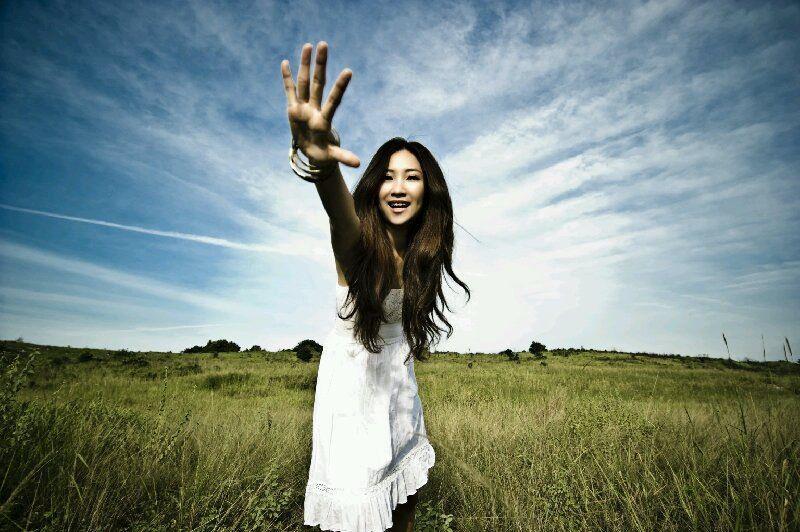 Este DOMINGO la cantante FIBI 黃鳳盈 en CONCIERTO en COSTA RICA!
